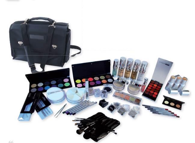 kit maquillage professionnel. Black Bedroom Furniture Sets. Home Design Ideas